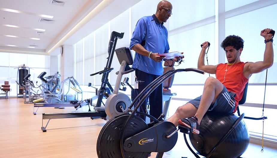 ممارسة التمارين الرياضية وأهمية التغذية السليمة لذلك