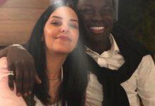 Photo of بافيتيمبي غوميس لاعب نادي الهلال مع زوجته ومواقف من حياته