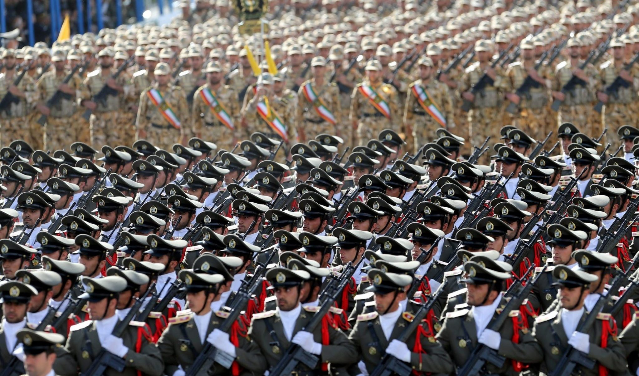 الكشف عن رأس حربي إيراني جديد