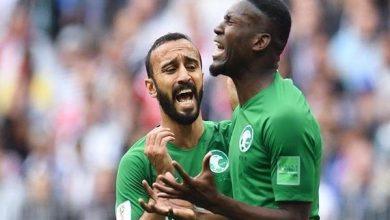 Photo of عمر هوساوي صدمة يعلن اعتزاله اللعب الدولي مع المنتخب السعودي