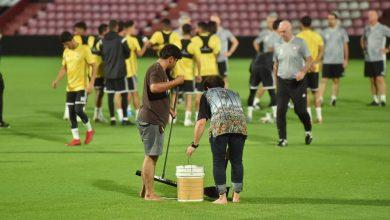 Photo of منتخب الإمارات يهرب من الملعب بسبب الأمطار الغزيرة في تايلاند