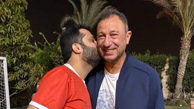 Photo of تركي آل الشيخ يزور الخطيب مرتديا ً قميص الأهلي