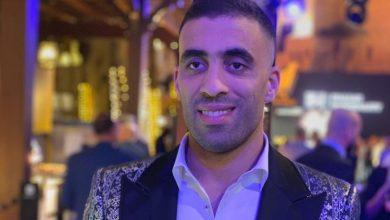 Photo of عبد الرزاق حمد لاعب النصر السعودي ببدلة رائعة في حفل دبي 2020