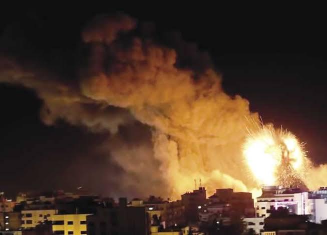 غارات جوية اسرائيلة