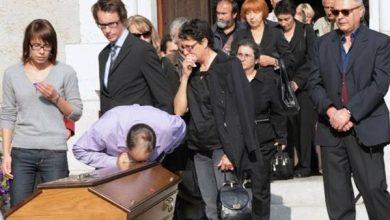 Photo of قضية تهز فرنسا .. شركة اتصالات تقود موظفيها للانتحار
