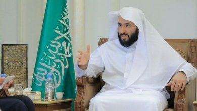 Photo of وزير العدل السعودي يقرر إلغاء إيقاف الخدمات الإلكترونية عن المواطنين