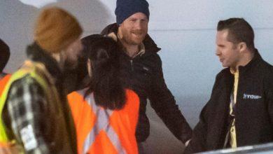 Photo of الامير هاري يصل كندا في هيئة غريبة بعد قرار تخليه عن منصبه في العائلة الملكية