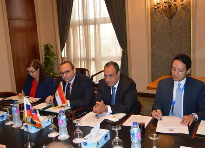 قامت اللجنة اليوم بالتأكيد على جميع القرارات العربية والدولية التي تم إدانة إيران بسبب تداخلتها في جميع الشوؤن الدول العربية.
